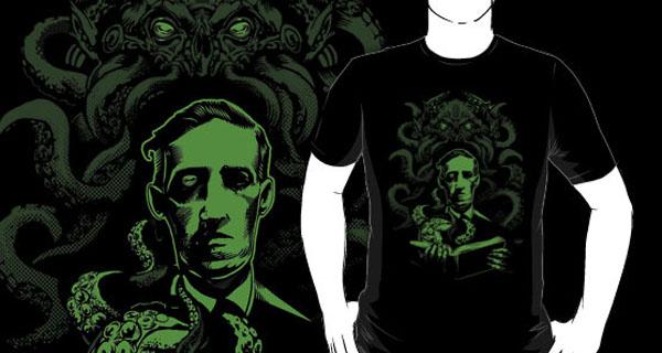 Love Cthulhu T-Shirt
